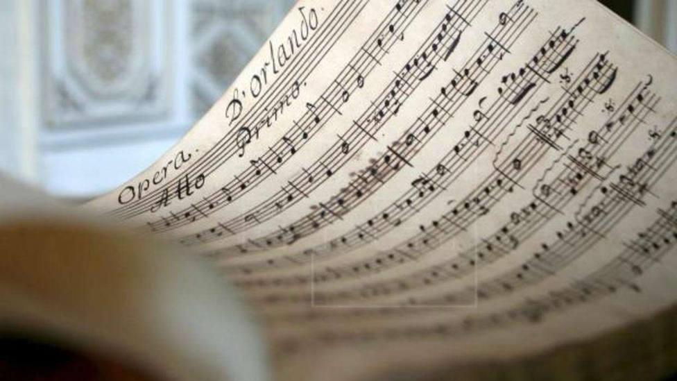 Los himnos de los partidos, una forma de cazar simpatizantes