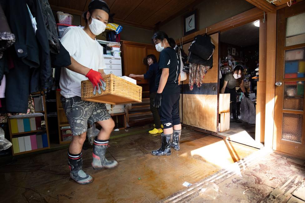 Asciende a 74 la cifra de muertos por el paso del tifón Hagibis por Japón