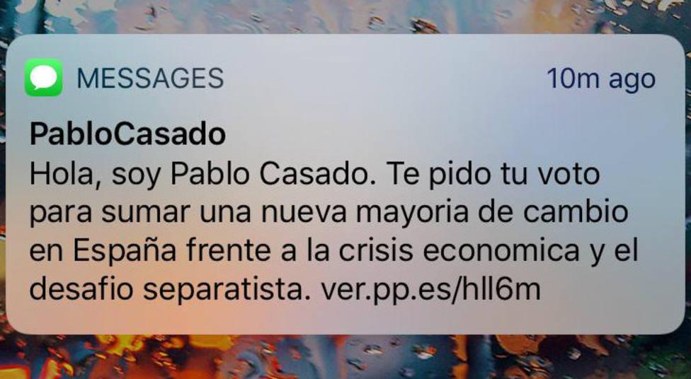 Pablo Casado pide el voto por SMS a 1,2 millones de españoles
