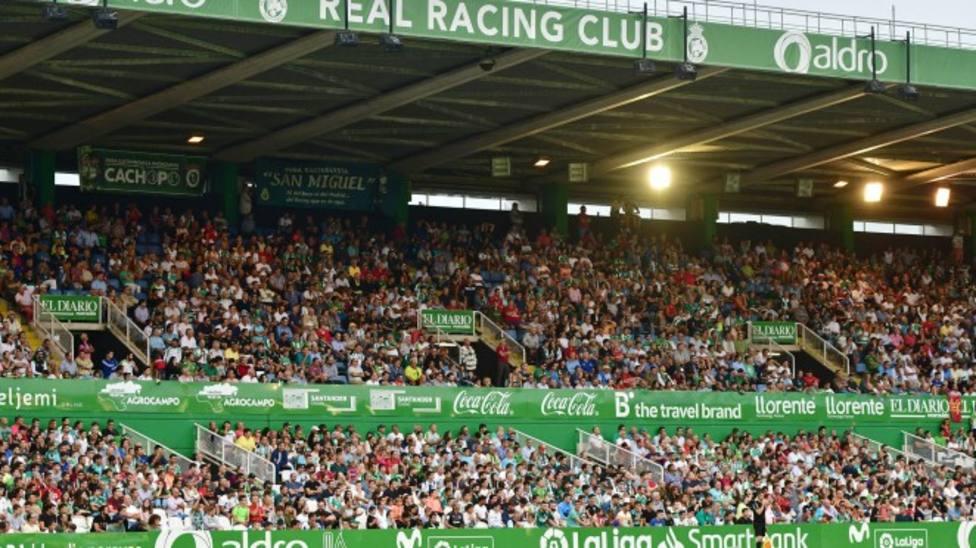 La grada de El Sardinero, en un partido del Racing