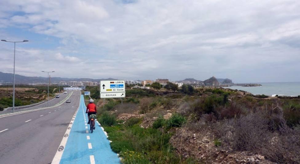 El Ayuntamiento adjudicará un un nuevo tramo del carril bici-peatonal