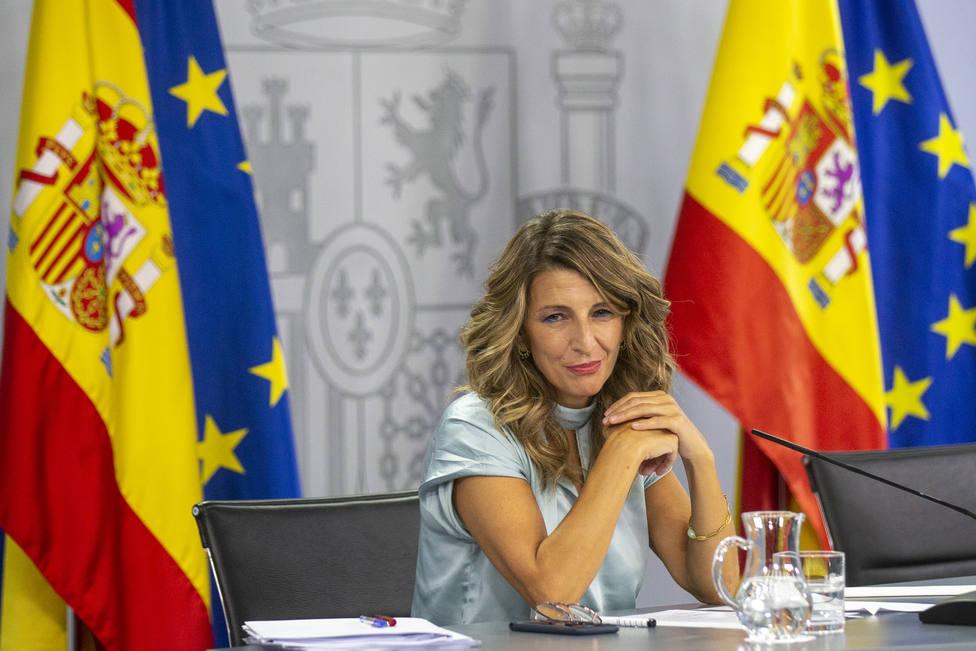 El Gobierno y los sindicatos alcanzan un preacuerdo sobre los ERTE a falta del sí de la CEOE