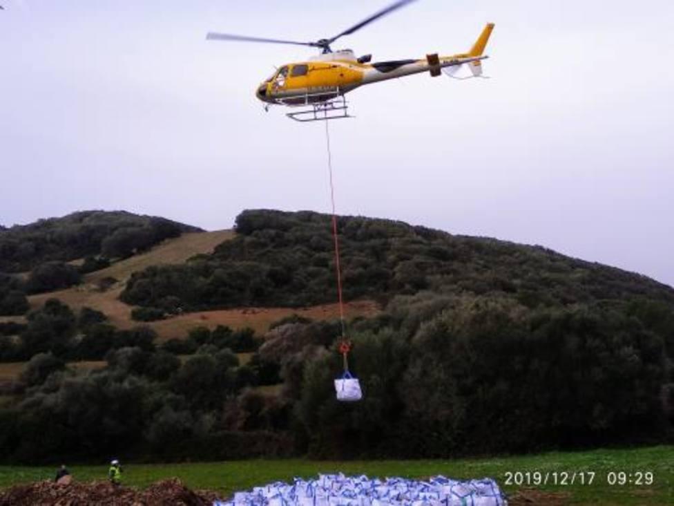 Un helicóptero transportará carga pesada para la zona de los Alocs