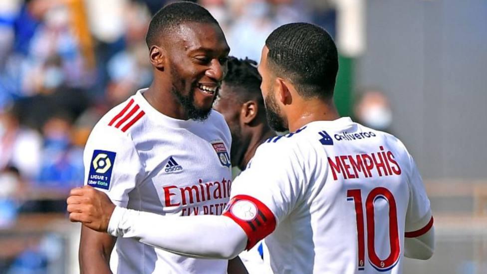 Rafinha y Sarabia dejan al PSG líder; Thauvin desatasca al Marsella; el Lyon se impone con Depay como MVP