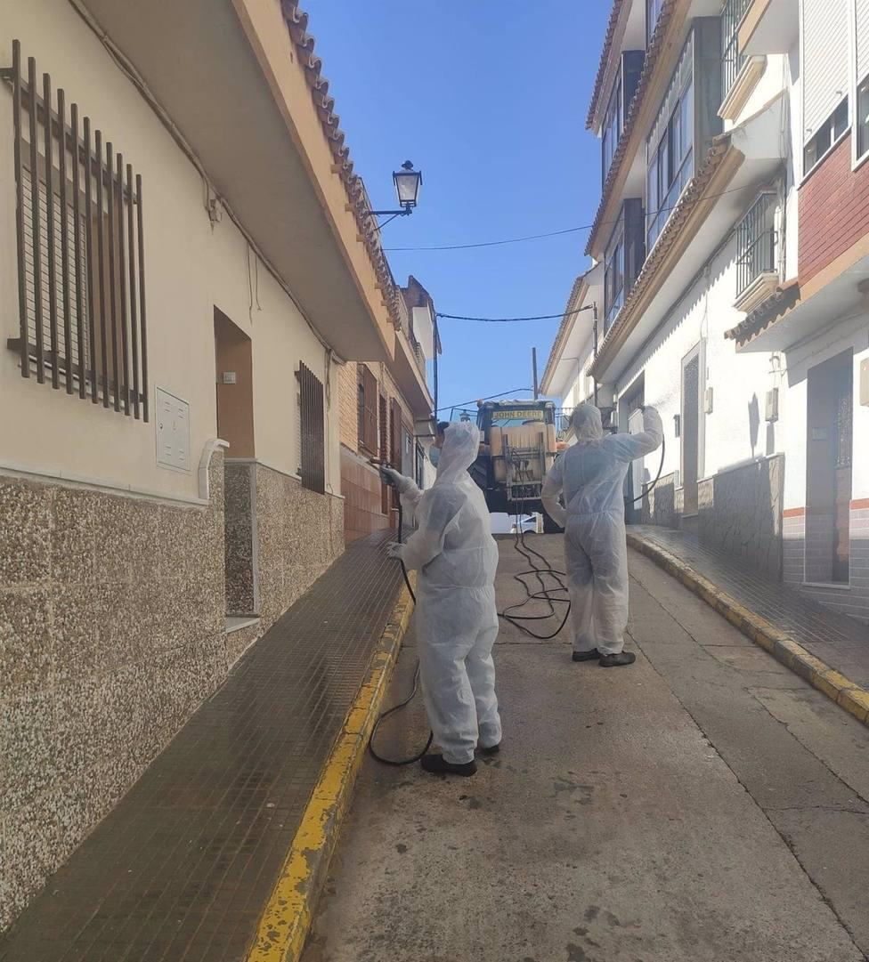 El alcalde de Paterna de Rivera pide a la Junta aplazar el curso escolar los próximos 15 días