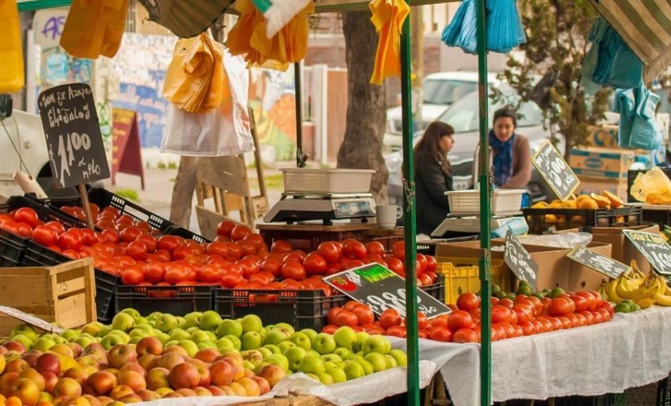 El Mercado Franco de Cáceres, este miércoles solo con puestos de alimentación