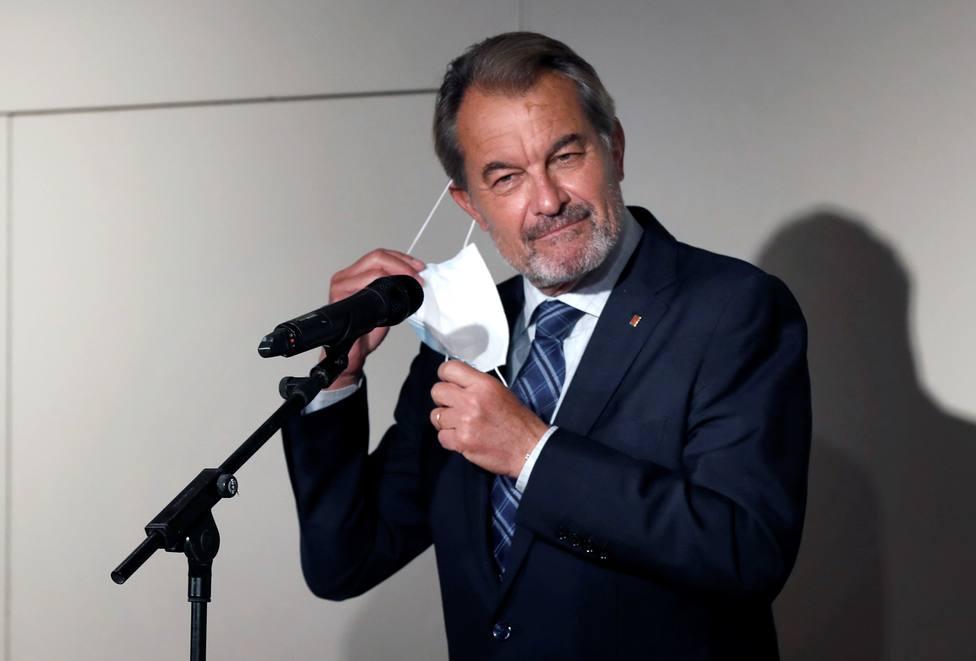 Artur Mas pide a los catalanes que voten al PDeCAT el 14F para evitar un tercer tripartito