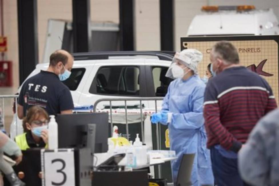 Los nuevos casos de coronavirus en Navarra vuelven a descender