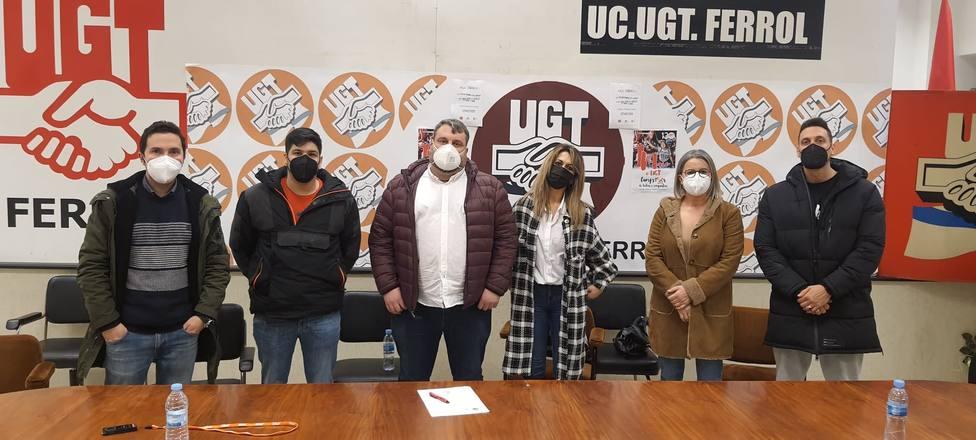 José Antorio Rico, tercero por la izquierda, con la ejecutiva de UGT en Ferrol - FOTO: Cedida