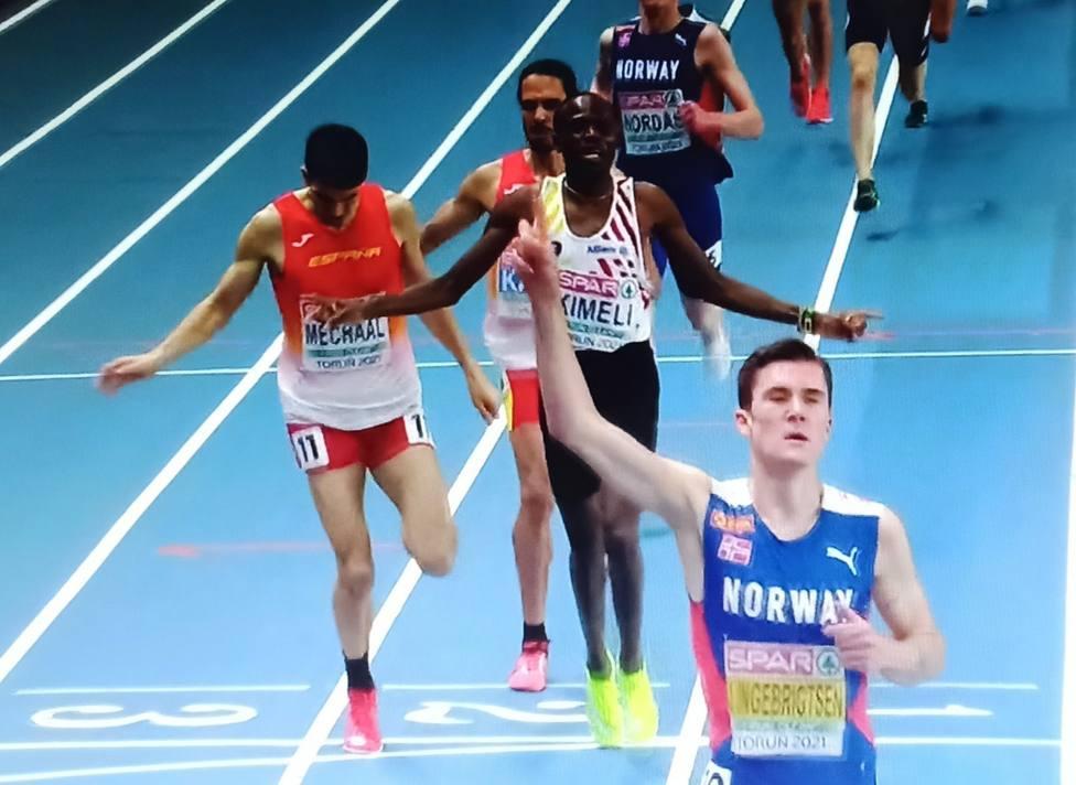 El muleño Katir acabó cuarto en la prueba de 3000 metros