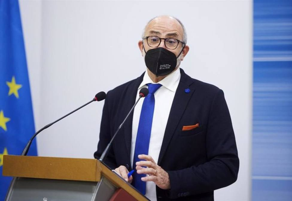 Sanidad endurecerá las restricciones en Cantabria si sube la incidencia a 7 días por encima de los 75 casos