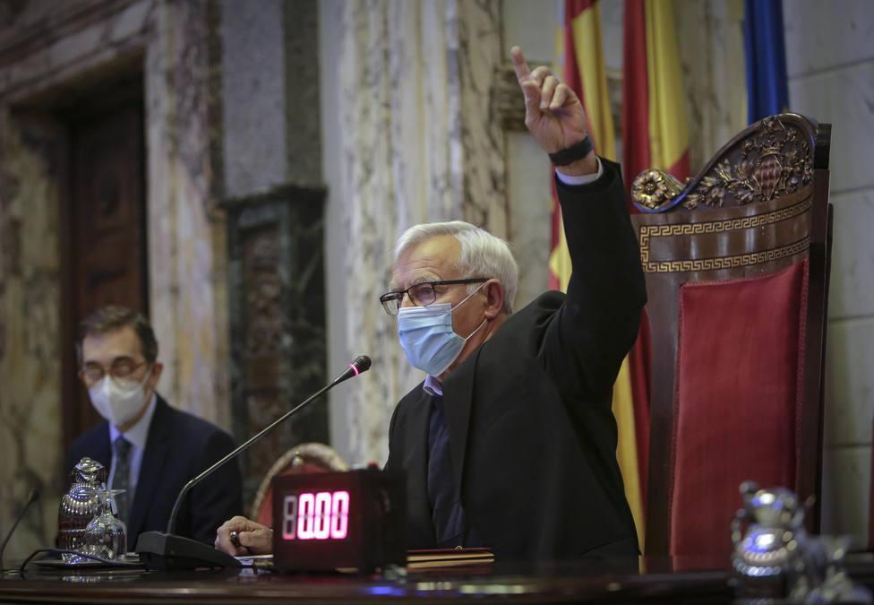 Joan Ribó en el pleno de València