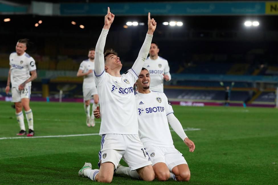 Diego Llorente celebra su gol ante el Liverpool