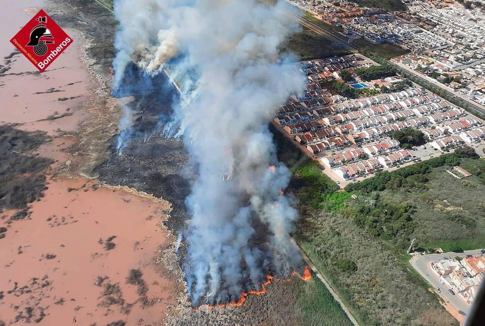 Incendio en La Mara, este sábado.