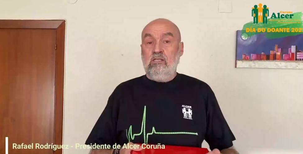 Rafael Rodríguez, presidente de Alcer en A Coruña, también participa en el vídeo
