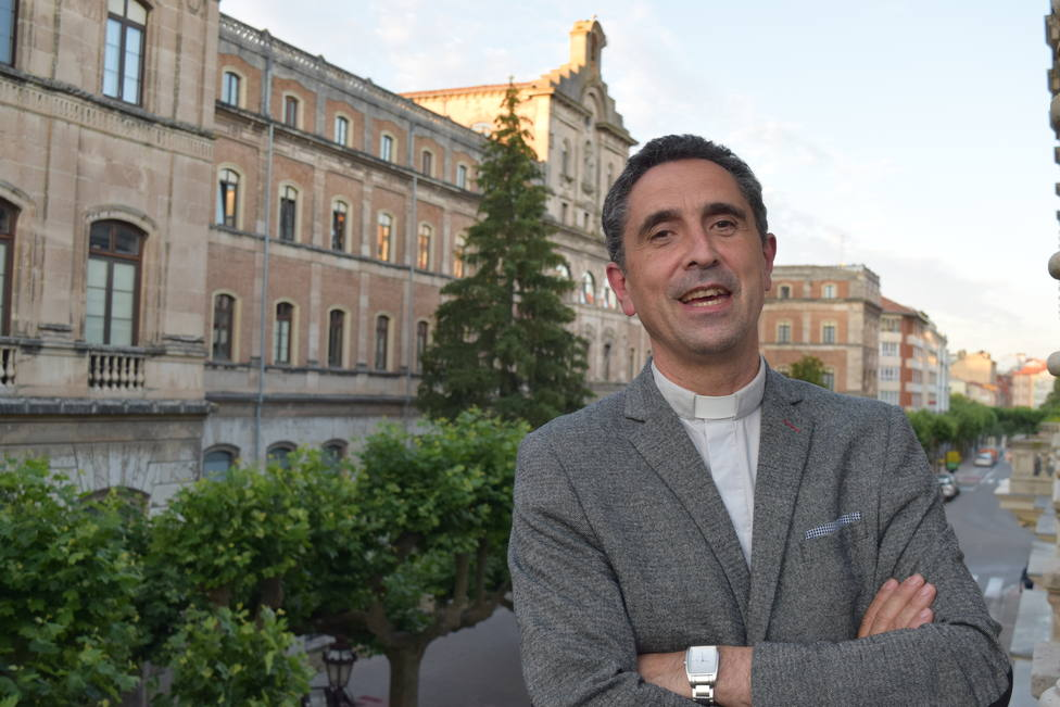 Fernando García Cadiñanos Obispo de Mondoñedo-Ferrol