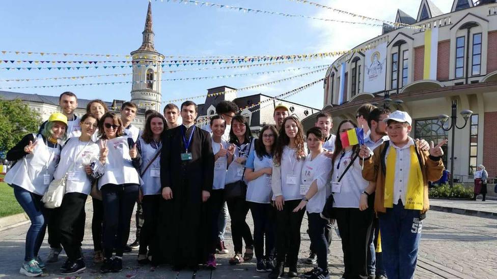 La sincera carta de una joven voluntaria rumana sobre el viaje del Papa