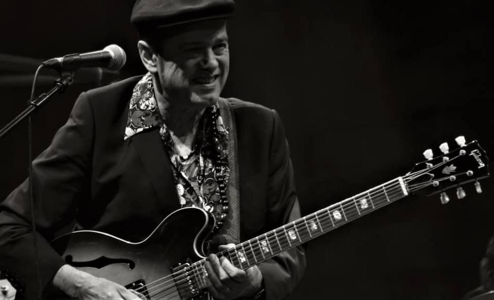 Juan Perro (Santiago Auserón, ex Radio Futura).