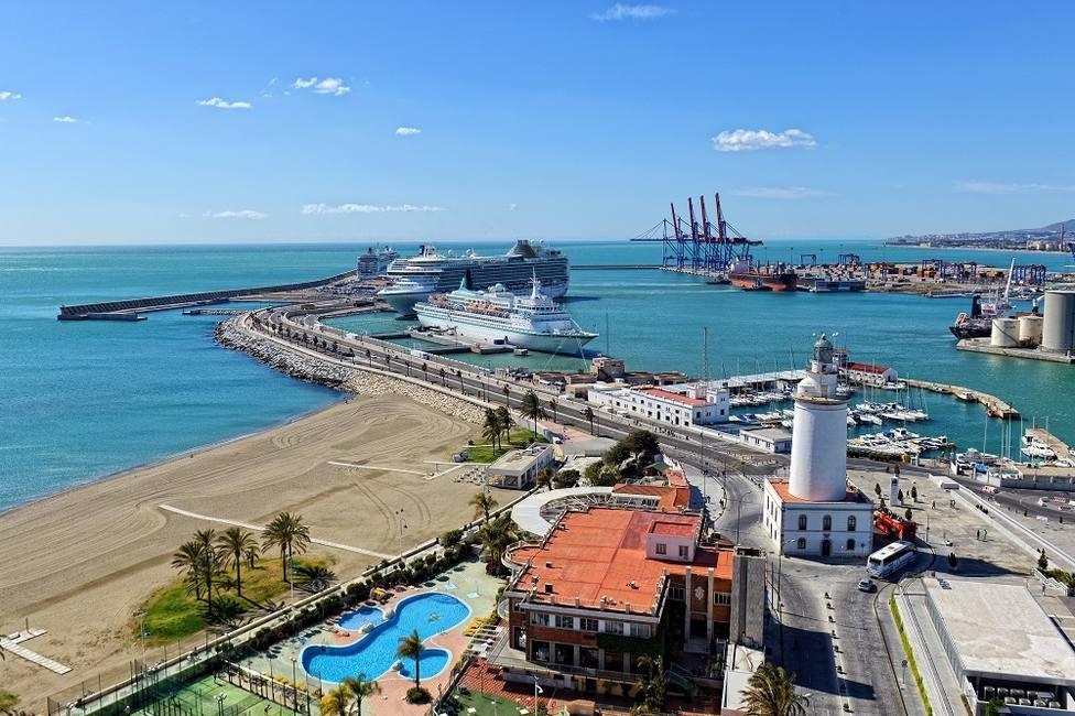 Abortan un intento de abrir una vía de entrada de cocaína por el puerto de Málaga y detienen a cinco trabajadores