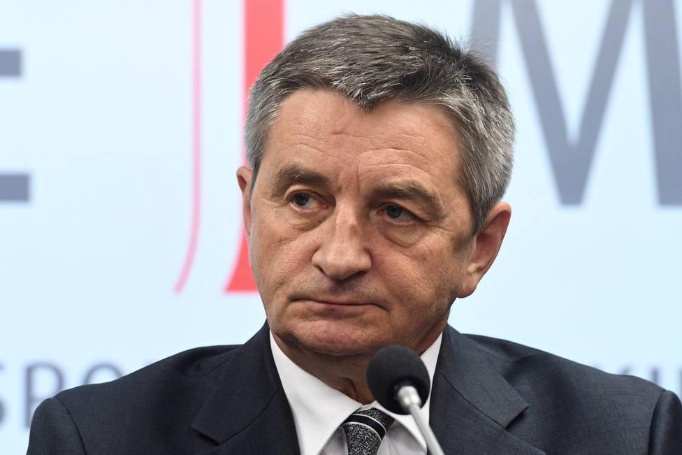 Cae el presidente del Parlamento polaco por usar el avión presidencial para vuelos privados
