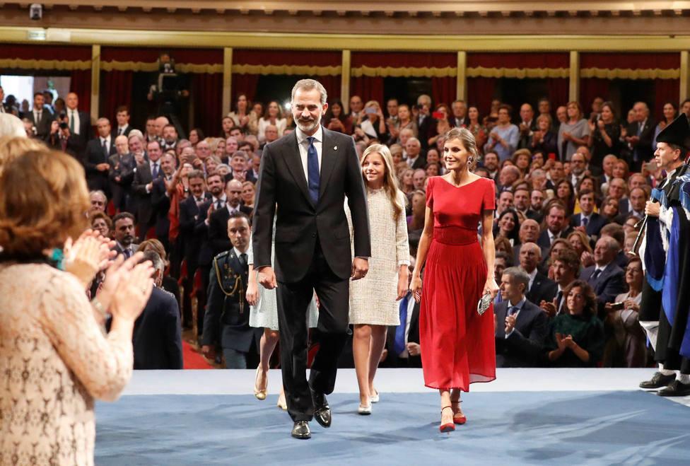 El motivo por el que Letizia ha elegido un vestido rojo para los Premios Princesa de Asturias