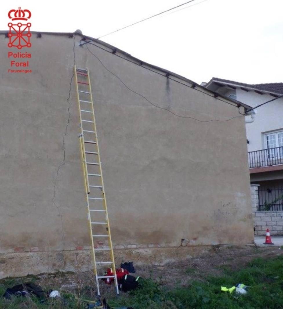 Herido grave un trabajador de 21 años en Allo (Navarra) al caer de una altura de 6 metros