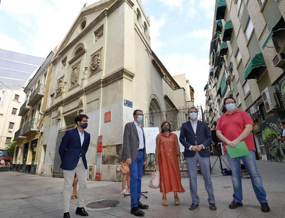 El Ayuntamiento rehabilitará las cubiertas y fachadas de la Ermita del Pilar, un emblema del siglo XVII