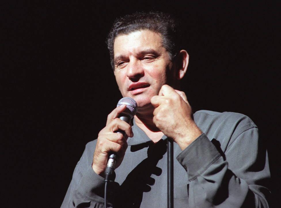 Carlos Cano en un concierto en el Teatro Monumental de Madrid