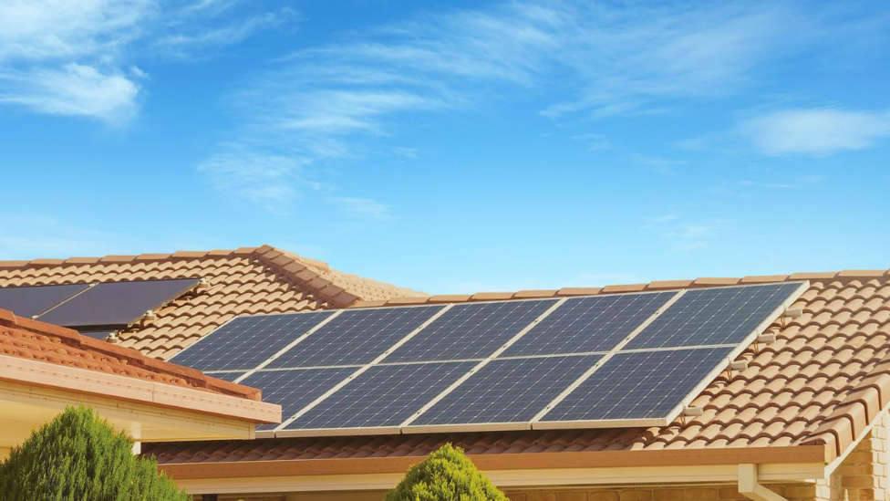 Viviendas particulares con placas fotovoltaicas