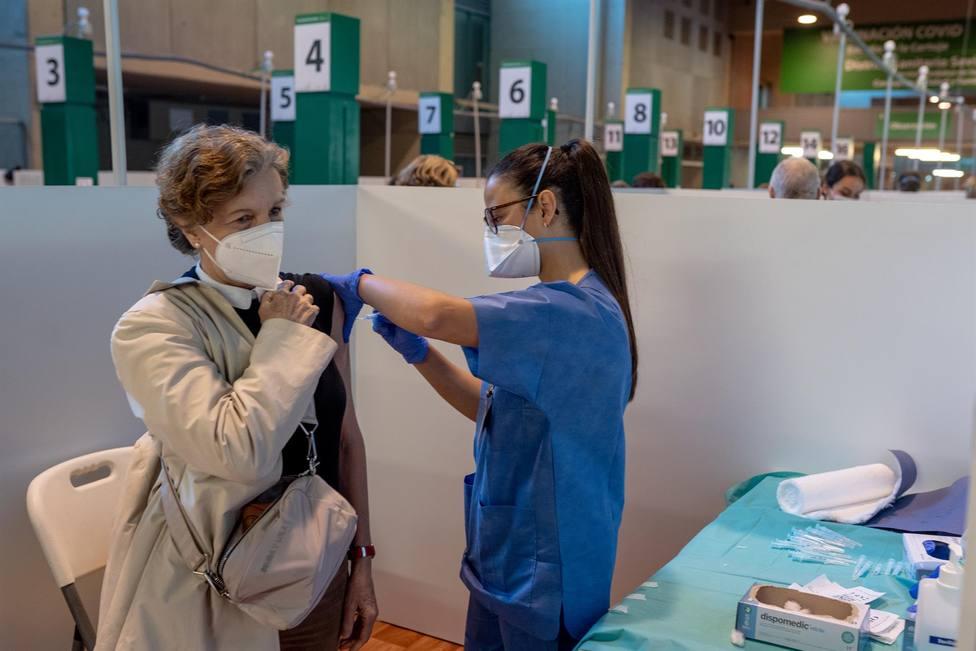 Andalucía apuesta por administrar todas las vacunas para todos los grupos de edad: Es la mejor forma