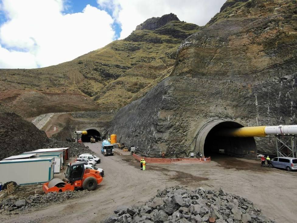 Perforada la mitad de los túneles de Faneque de la carretera de La Aldea