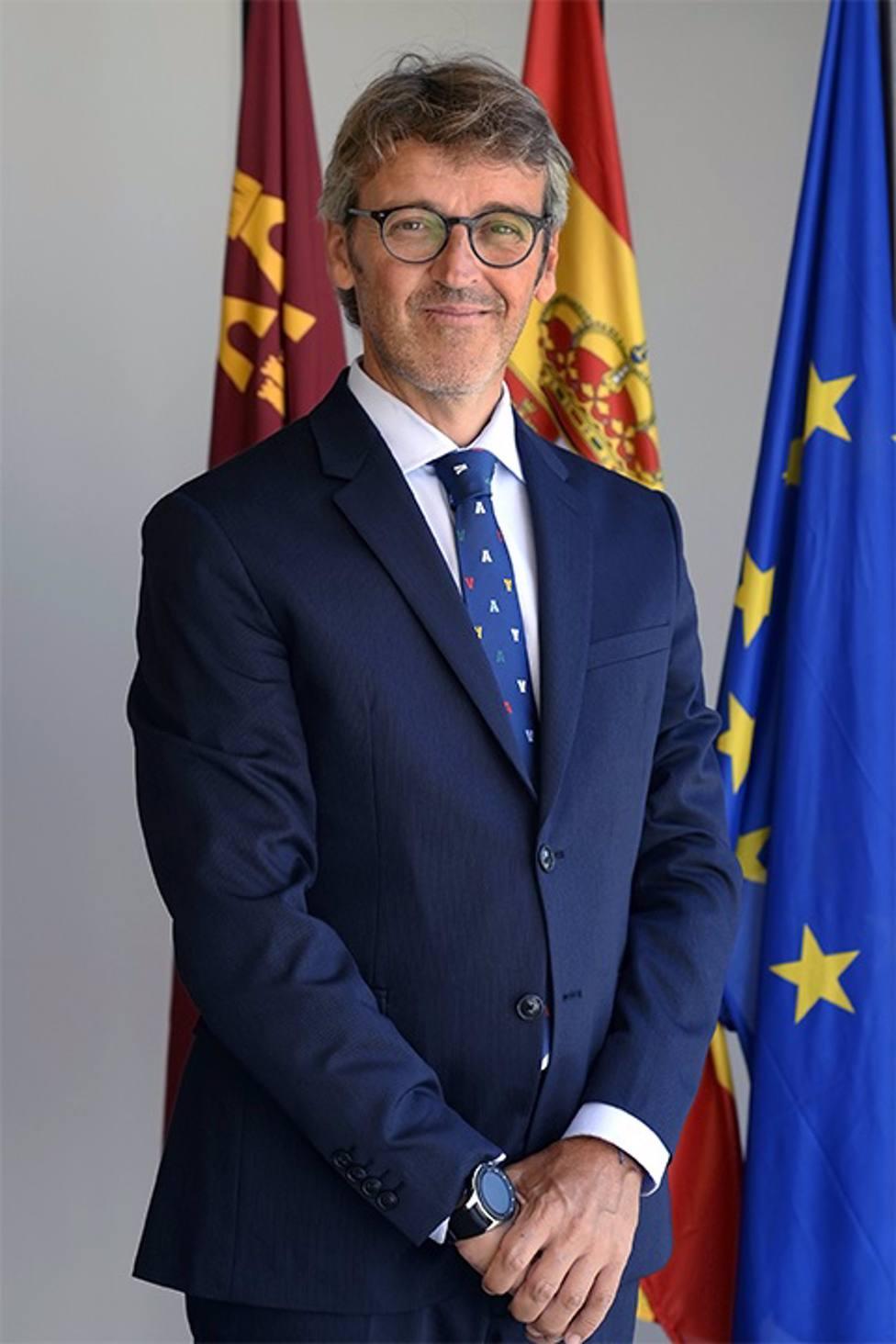 Luis Alberto Marín relevará a Javier Celdrán al frente de la Consejería Hacienda