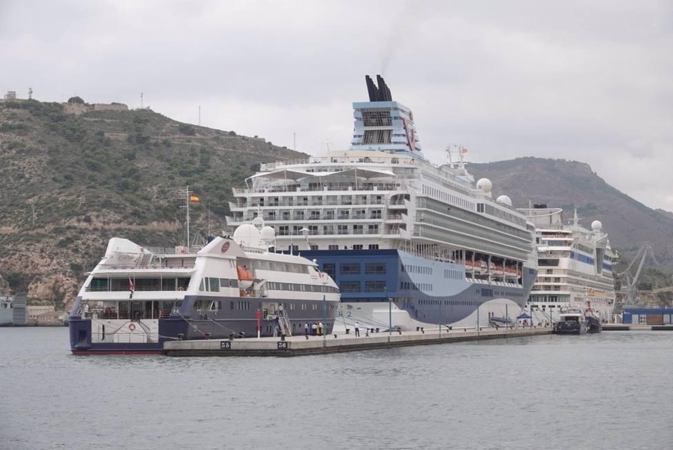Primera escala de cruceros con tres buques que han atracado en la Terminal de Cruceros