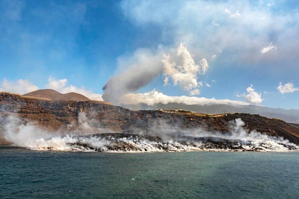Finaliza el confinamiento de 3.000 vecinos de La Palma tras remitir la emisión de gases