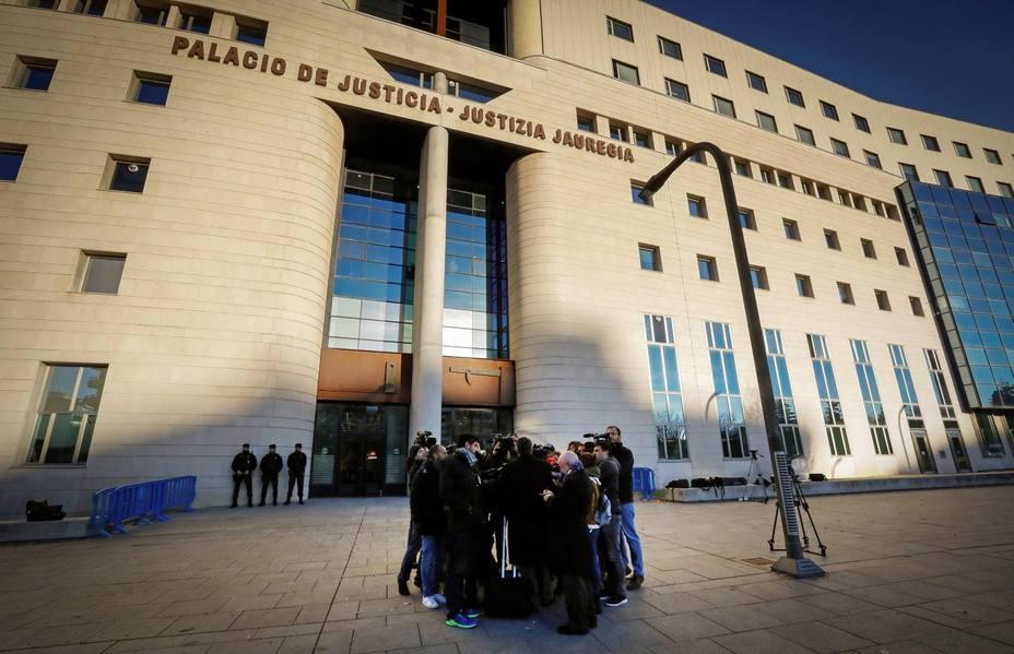La Audiencia de Navarra estudia este miércoles la vuelta a prisión de La Manada