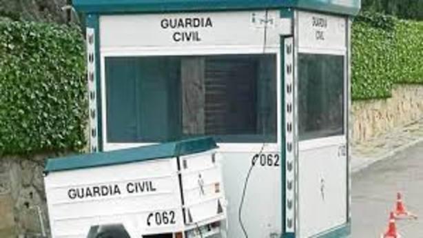 Garita de guardias civiles en la casa de Iglesias y Montero