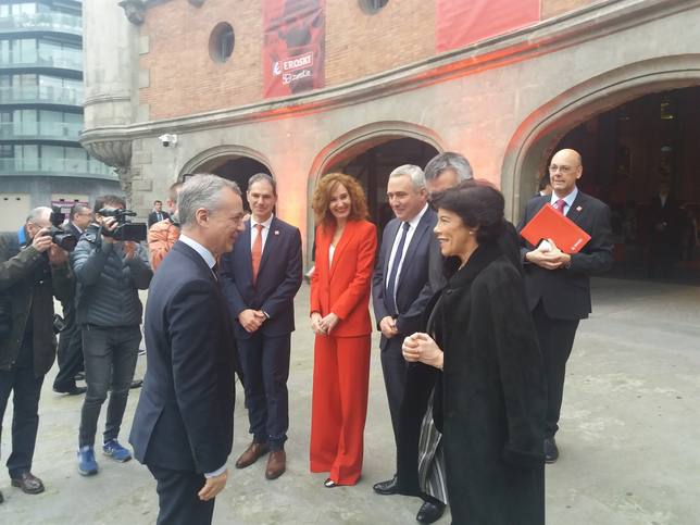 Urkullu responde a Puigdemont que la verdad está documentada y la documentación podrá ser consultada
