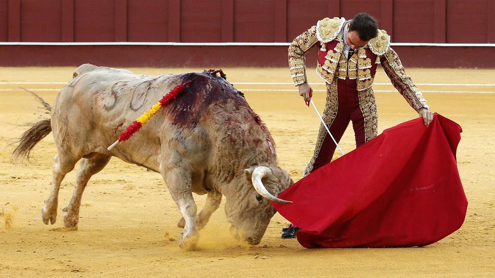 Natural de Enrique Ponce durante su actuación este miércoles en Málaga