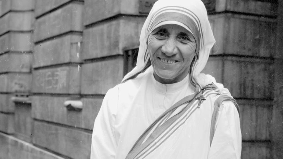 La historia de Santa Teresa de Calcuta: la mujer que vivió para los pobres
