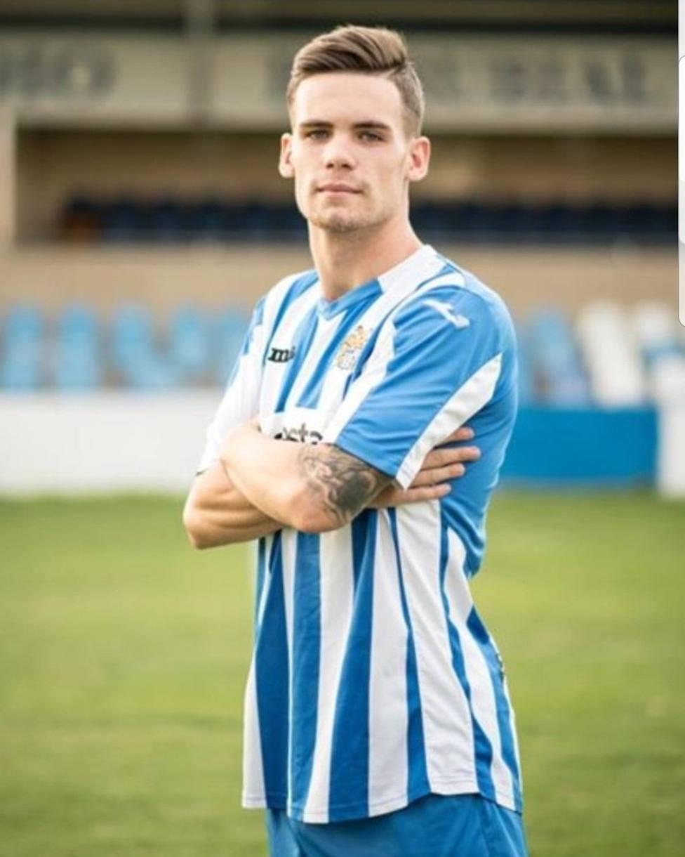 Un letal Águilas FC golea al Ciudad de Murcia