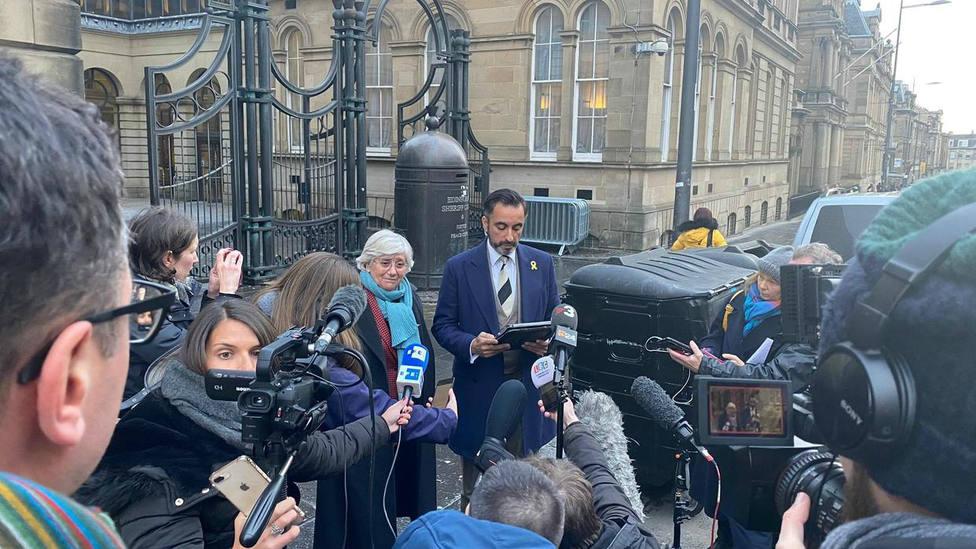 Ponsatí quiere que Sánchez y Rajoy declaren en su juicio de extradición