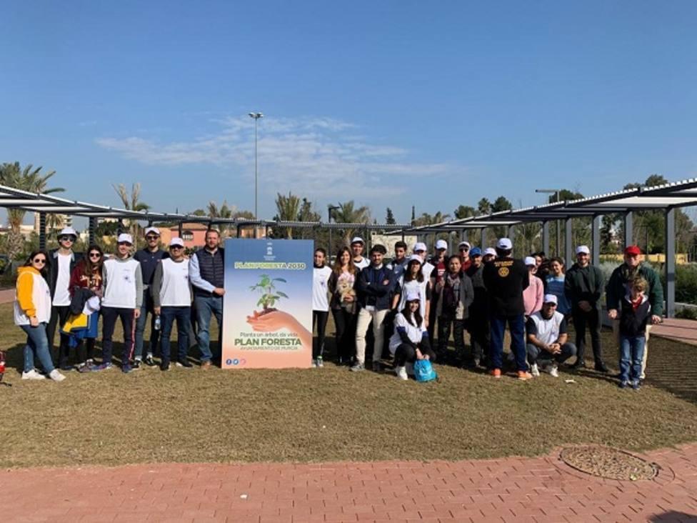 El primer colectivo de Jóvenes lleva el Plan Foresta al entorno de Murcia Río