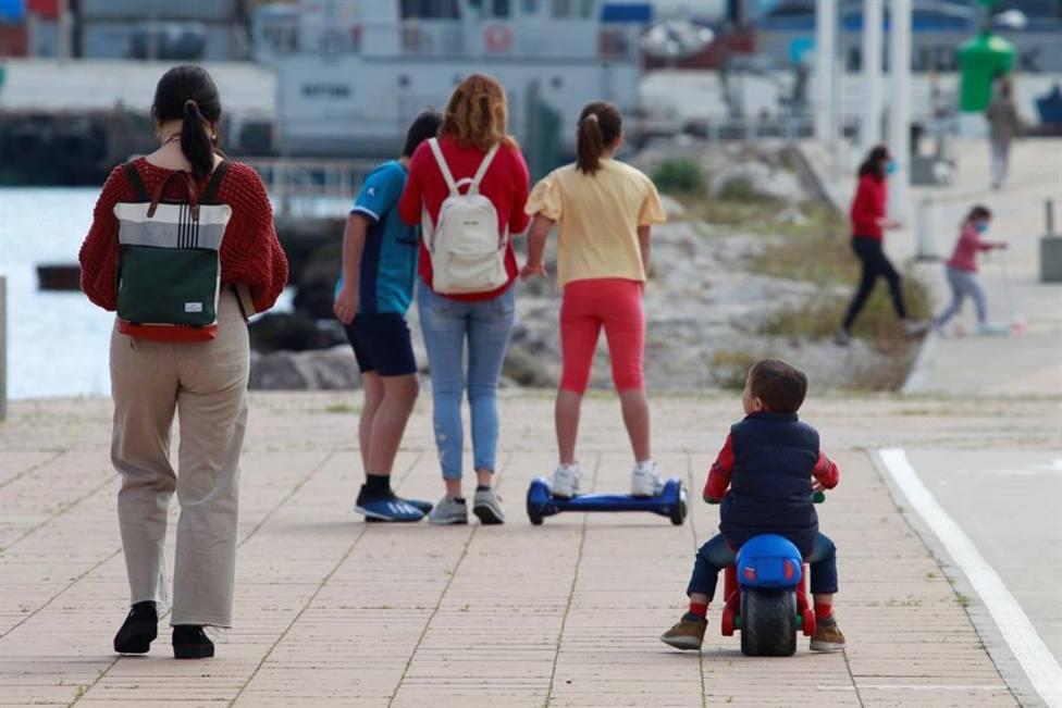 El Gobierno deja salir a los niños en una jornada marcada por la irresponsabilidad de sus padres