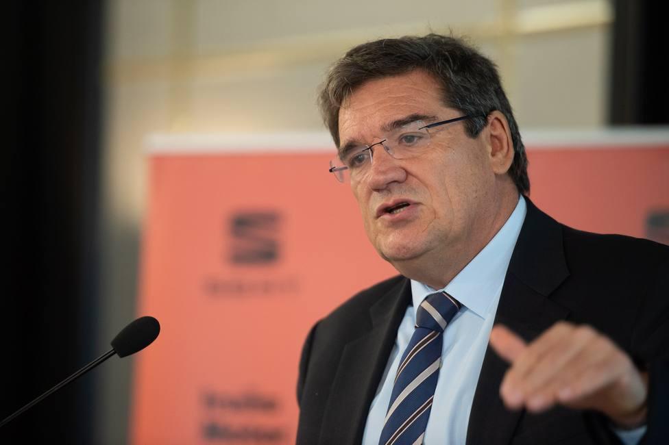 Carlos Herrera entrevista este viernes al ministro de Seguridad Social José Luis Escrivá en Herrera en COPE