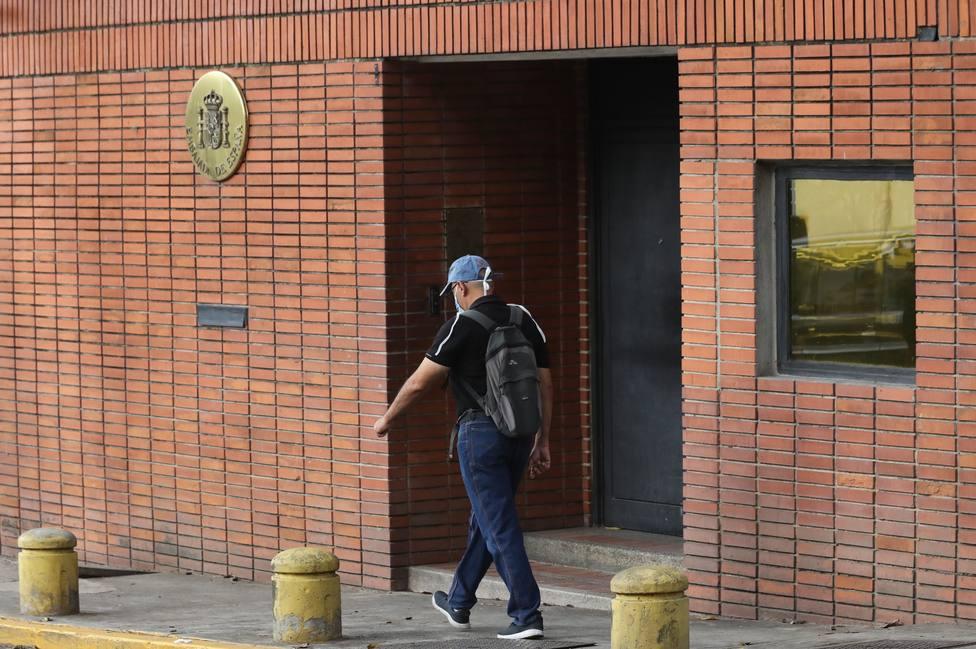 El chavismo inicia las represalias tras la fuga de Leopoldo López: dos detenidos
