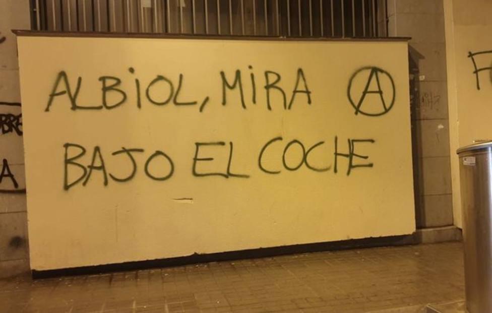 Pintada amenazante contra García Albiol en el centro de Badalona
