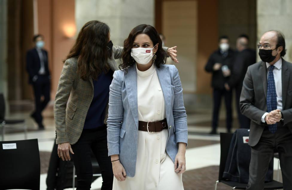 Ayuso contra Sánchez: las medidas contra el virus puestas en marcha por Madrid que no gustaron a Moncloa