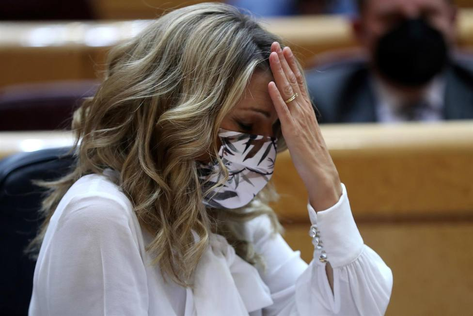 Un micro abierto traiciona a Yolanda Díaz por su opinión sobre las mascarillas: ¿Te la vas a quitar?