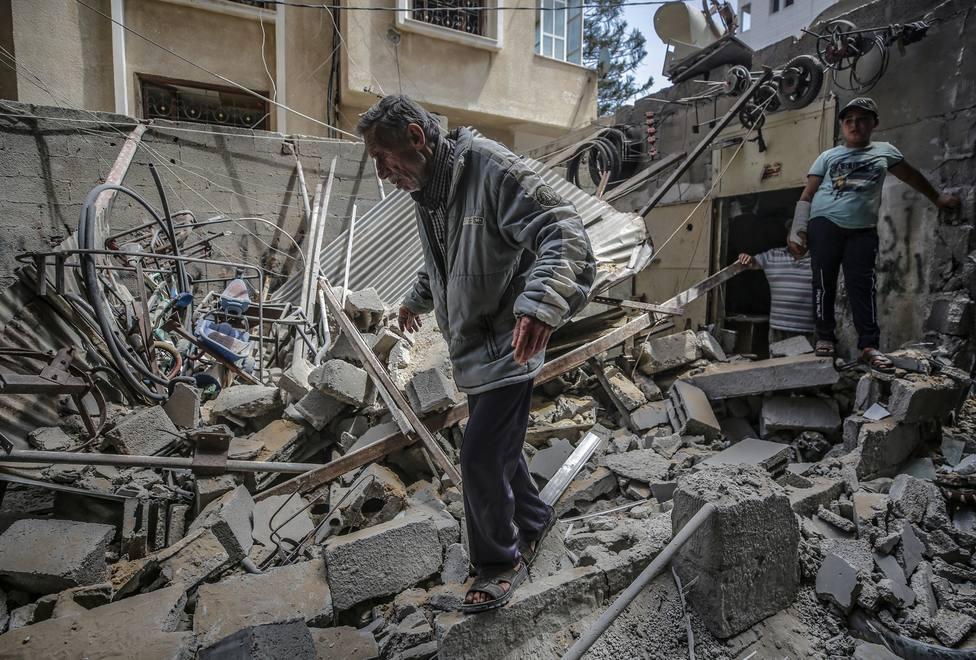 Israeli air strikes aftermath