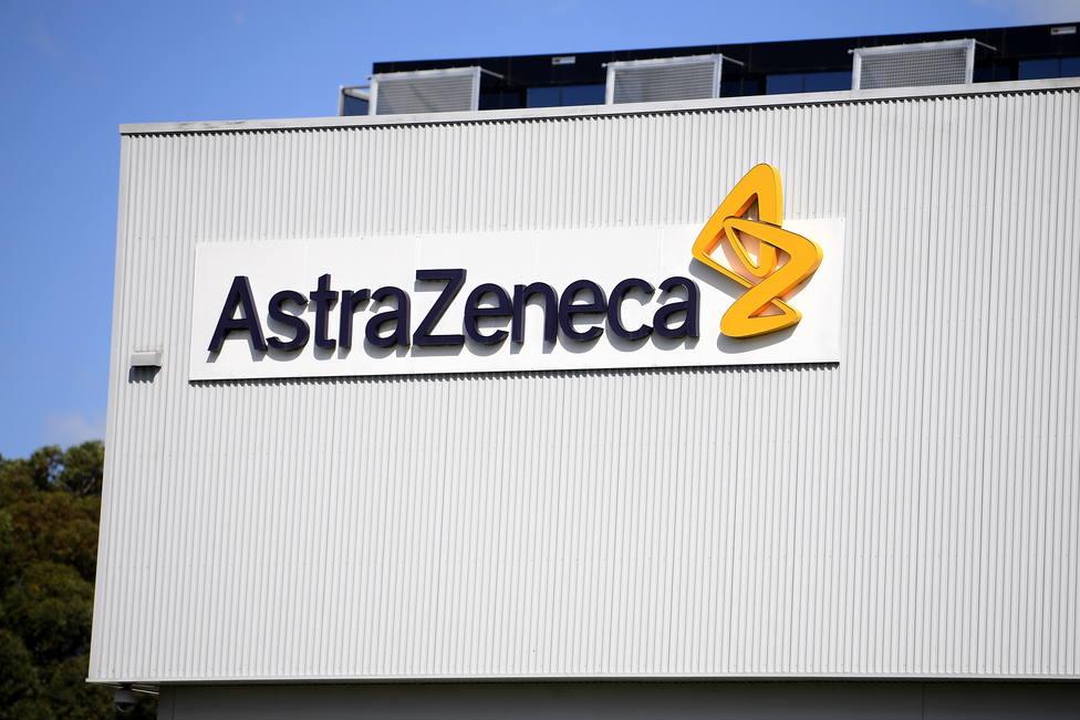 AstraZeneca asegura que su fármaco para tratar la covid reduce el riesgo de enfermedad grave y muerte